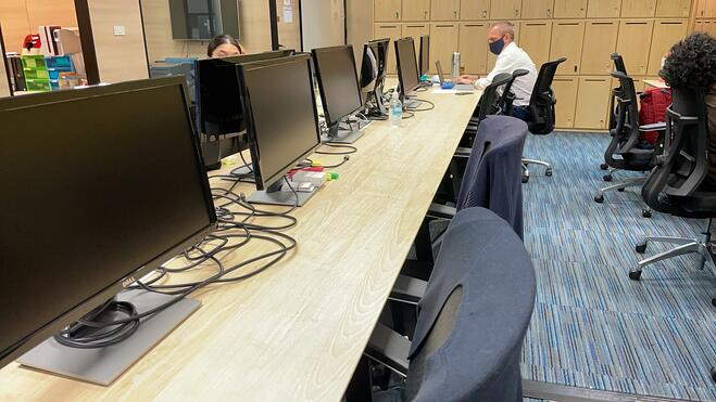 Luma office alternate seating 2