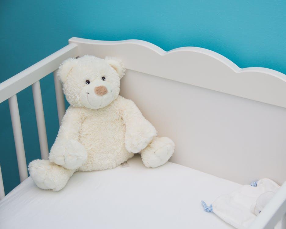 baby sleep cot health