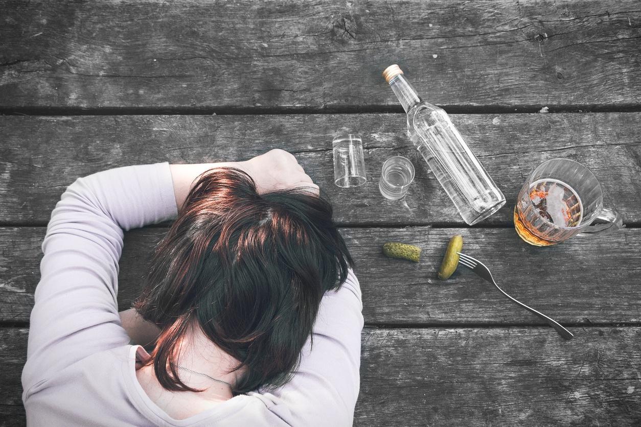 dangers negative effect alcohol hangover