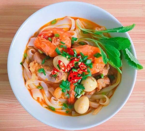 Street Food Noodle soup